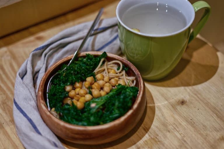 Rezept: Spagetti mit Grünkohl und Kichererbsen